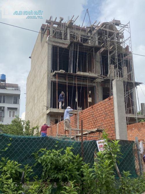 Bán căn biệt thự, mặt tiền Hà Huy Giáp, giá 6.1 tỷ, 5x35m