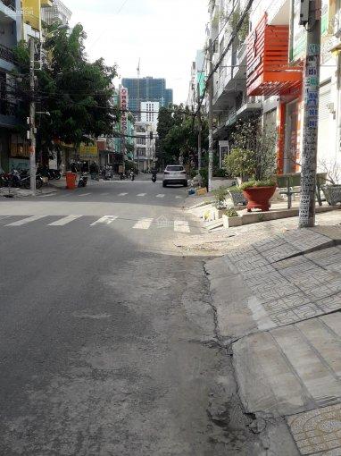 Gia đình cần bán hai lô liền kề đối diện siêu thị nhật Aeon Bình Tân - đường số 17a kdc Tên Lửa