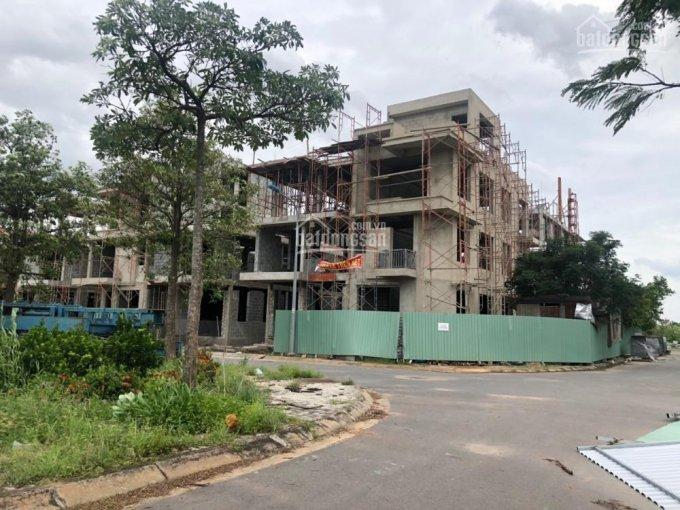 Cần bán 2 lô biệt thự đôi, diện tích 350m2 khu tái định cư quận 5,6 đối diện công viên view đẹp