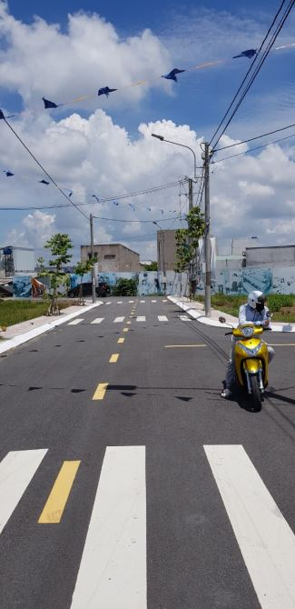 Cần BÁN GẤP lô đất đường Nguyễn Văn Bứa